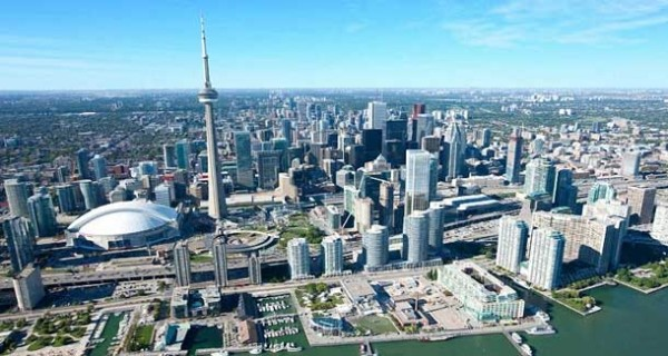 Romanii din Toronto